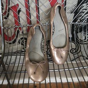 Sanük rose gold ballet flats